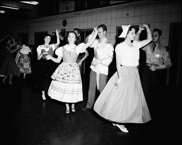 1950 INTERNATIONAL FOLK DANCE