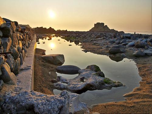 sunset sun geotagged rocks alderney clonque wateralderneysunsetsunrocksclonque geo:lat=49714115 geo:lon=2231039
