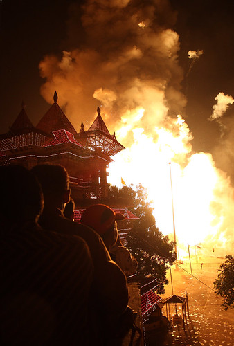 Thrissur Pooram fire works