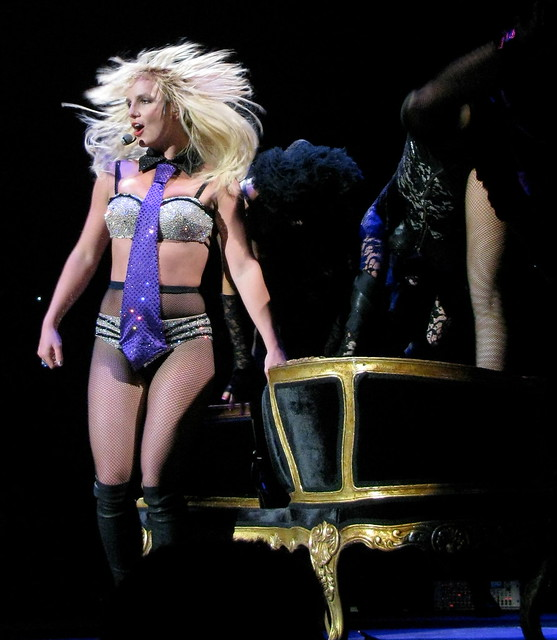 Britney Spears Concert Montreal - Which Shampoo Does Britney Use?