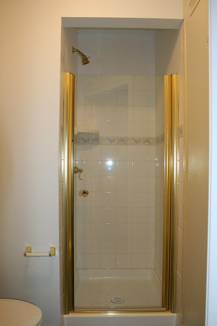 Small Shower Stall Flickr Photo Sharing