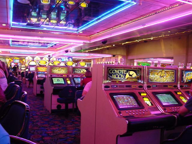 Las Vegas The Flamingo Casino Slots From Bugsy S Bar