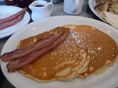 meal, breakfast, brunch, pannekoek, belgian waffle, food, full breakfast, dish, cuisine, pancake,