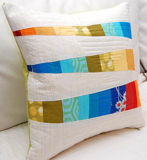 colorful bits pillow 002