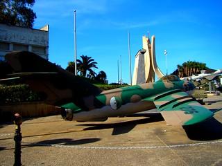 """MiG-17 """"Frescot"""" au Musée De l'Armée (Alger)"""