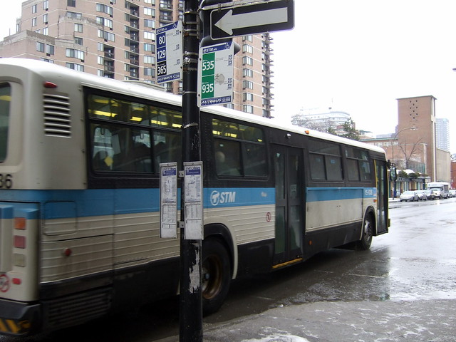 Montreal STM BUS #535 | 200V See where this picture was tak ...