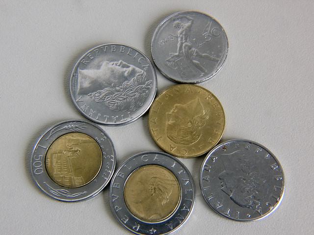 3382228314_337e632996_z.jpg Italian Money