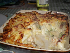 vegetable(0.0), gratin(0.0), produce(0.0), tartiflette(0.0), moussaka(0.0), cottage pie(0.0), lasagne(0.0), pastitsio(1.0), zwiebelkuchen(1.0), food(1.0), dish(1.0), cuisine(1.0),