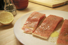 salmon-like fish(0.0), fish(0.0), pã¢tã©(0.0), kobe beef(0.0), meal(1.0), salmon(1.0), breakfast(1.0), fish(1.0), meat(1.0), food(1.0), dish(1.0), cuisine(1.0), smoked salmon(1.0),