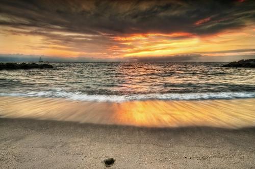 sunset sea sky seascape beach water silhouette stone clouds reflections mexico effects atardecer boat mar sand agua waves oleaje playa paisaje arena cielo nubes alfredo silueta olas hdr reflejos bote espuma treatment piedra tratamiento efectos spume 3xp olage nikond300 nikon1224mm28