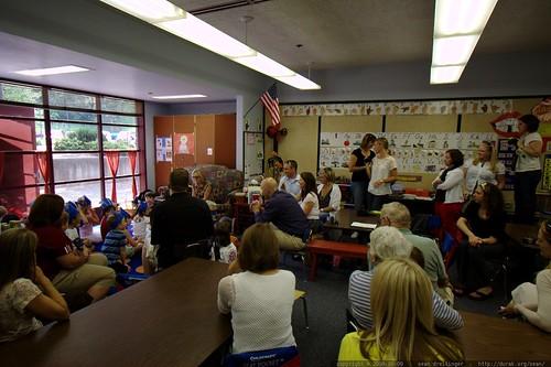 kids demonstrate their alphabet    MG 5229