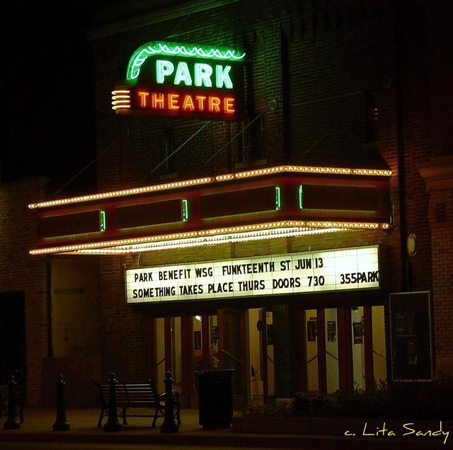 holland 7 movie theater holland mi