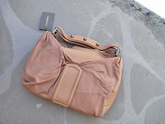 bag(1.0), shoulder bag(1.0), brown(1.0), hobo bag(1.0), handbag(1.0), leather(1.0),