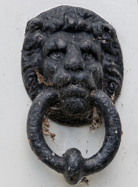 Knocker Definition Meaning