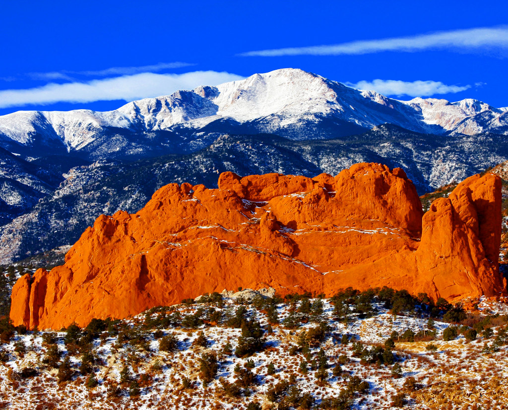 Sweet America Pikes Peak Mounatin From Garden Of The Gods Park With Kissing Camels In The