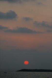 Зображення Kollam Beach. sunset kerala kollam kollambeach kollam09 qulion