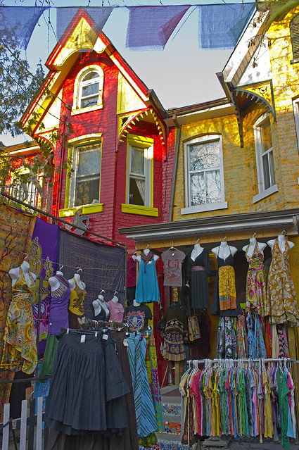 2014228-vintage-clothing-stores-tronto.jpg