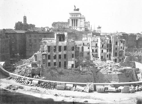 1930 2008 Mercati Traianei, scavi