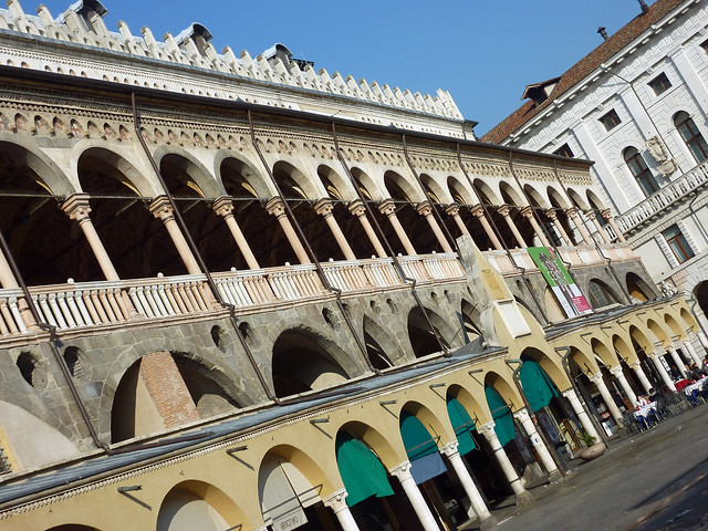 Famous building in padova i just can 39 t remember the name for Famous building names