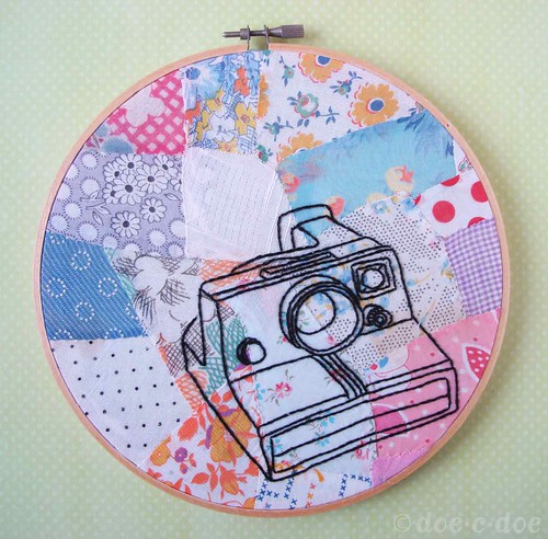 polaroid-embroidery-hoop