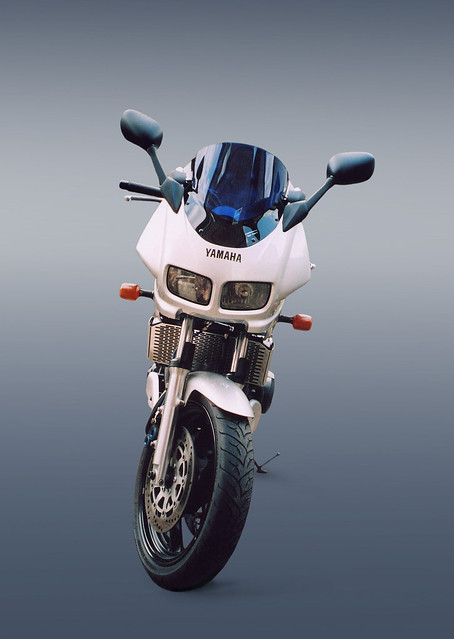 Yamaha Fazer FZS600 Motorbike Motorcycle Bike