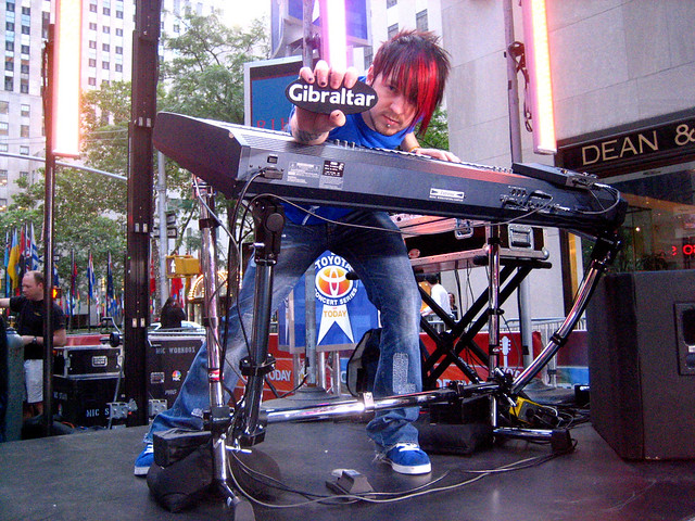 Kevin Hastings With His Tilted Gibraltar Keyboard Stand Flickr Photo Sharing