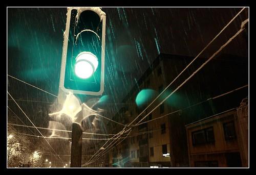 trip travel light sun snow storm art nature beautiful rain night canon dark photography eos schweiz switzerland soleil photo amazing nice photographie view suisse pics d lausanne 450 feu perspectiv ruedelaborde