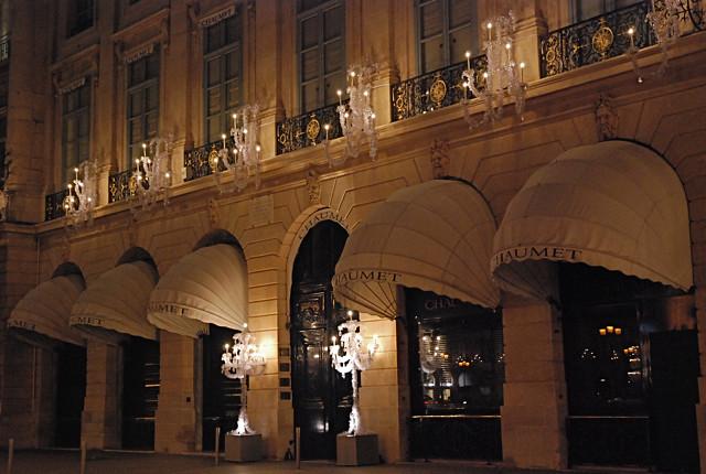 Paris la nuit place Vendôme Chaumet