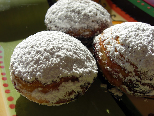 Aebleskiver with berry filling & powdered sugar, edited 120 dpi