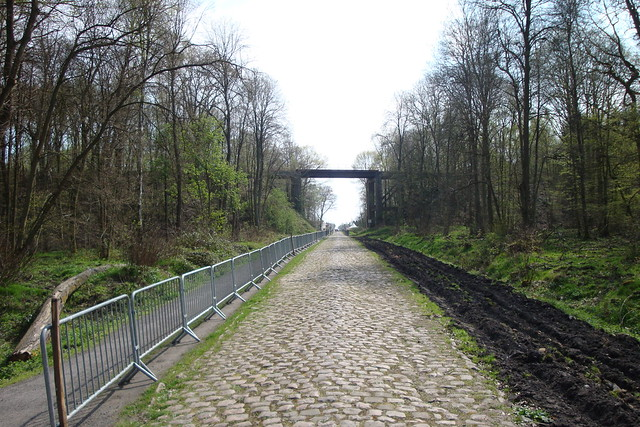 Photo: A fixture in Paris-Roubaix this is a legendary part of the race even if it comes too early to pick the winner.