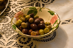 vegetable(0.0), plant(0.0), grape(0.0), produce(0.0), olive(1.0), fruit(1.0), food(1.0),