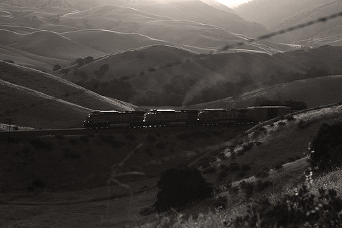 california blackandwhite mountains canon outdoors socal transportation canondslr tehachapi bnsf railroads caliente alltrains bluemoonrising betterinblackandwhite movingtrains alltypesoftransport aphotographersnature kenszok