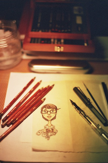 My desk : Drawing myself