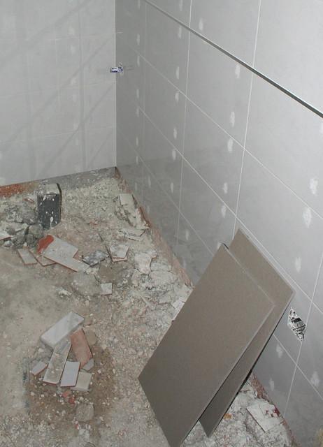 Iluminar Baño Oscuro:Baldosa cuarto de baño pequeño