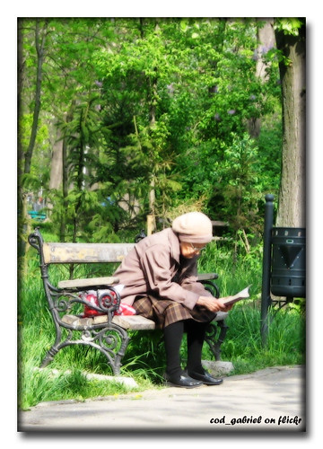 Little old lady reading in the park - Orton effect