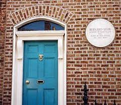 Photo of George Bernard Shaw white plaque