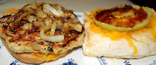 Apple-Cheddar Turkey Burgers 1
