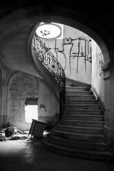 Abandoned House (10) - 21Mar09, Montcalm (France)
