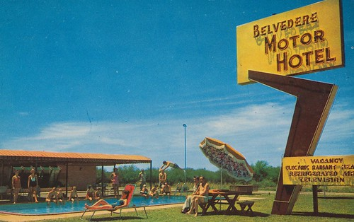 Wish you were hear belvedere motor hotel san antonio texas for Oasis motors corpus christi