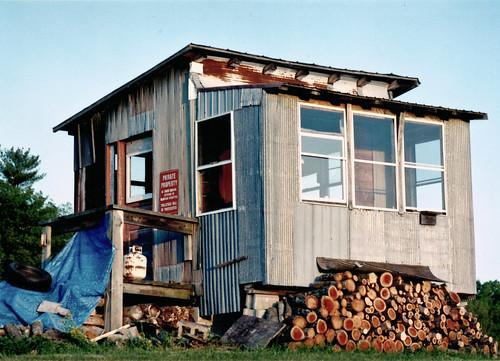 sunset film field mediumformat 645 pennsylvania shack fuji160s hughesville mamiyasekkor150mm
