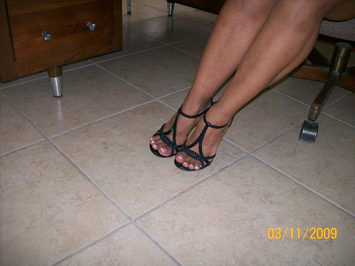 Sexy Black Heels and Legs by claudias_sexy_latina_feet