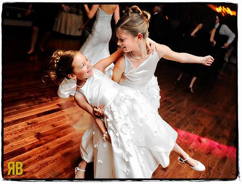 wedding girls cute girl fun newjersey nikon funny flash reception flowergirl morristown d3 weddingphotojournalism 2470mmf28g