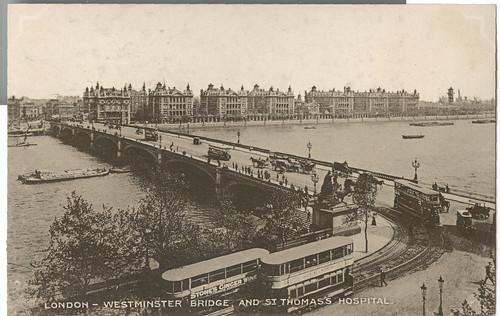 London- Westminster Bridge And ST Thomas Hospital
