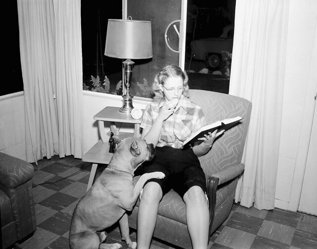 1955 BARBARA WARREN - FOR GRADUATE SCHOOL STORY