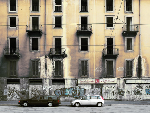 italy milan facade nikon decay 100v10f abandon mostinteresting mold immigrant occupation nikkor1870 d80 vialetunisia