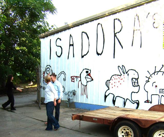 P6180408-Irwin-Street-Market-West-Facade-Engagement-Pictures-Isadora's Doodles