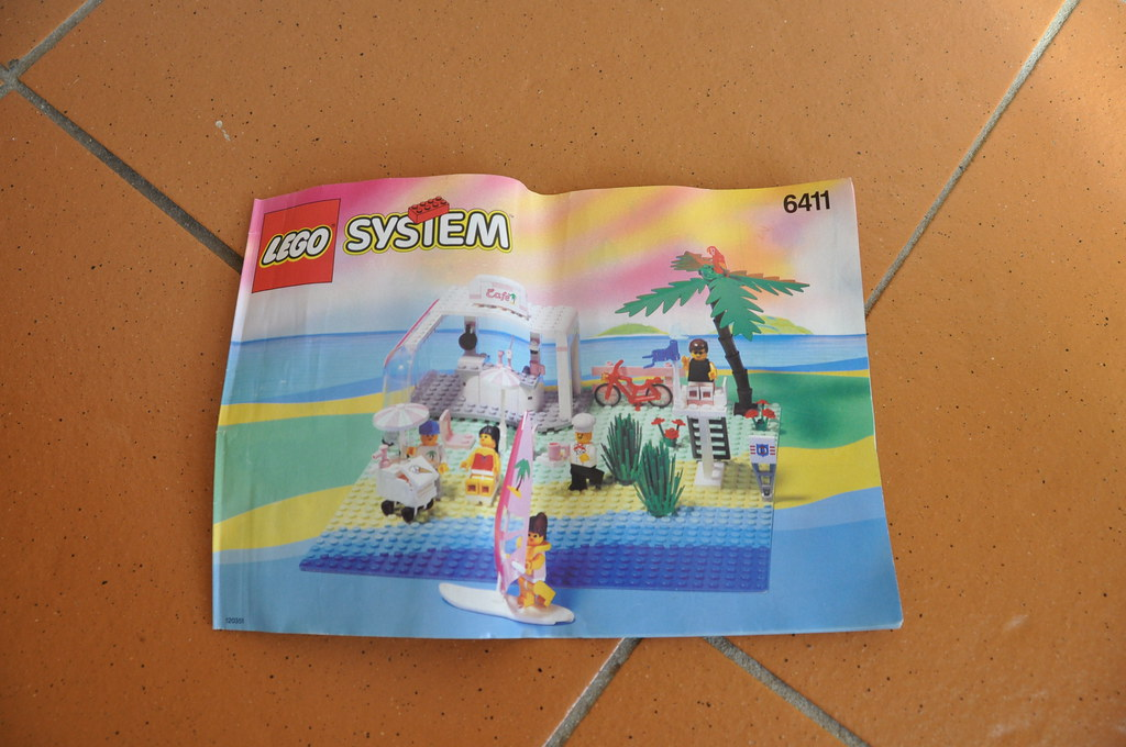 Lego Paradisa Sand Dollar Cafe Instruction Booklet 6411 A Photo On