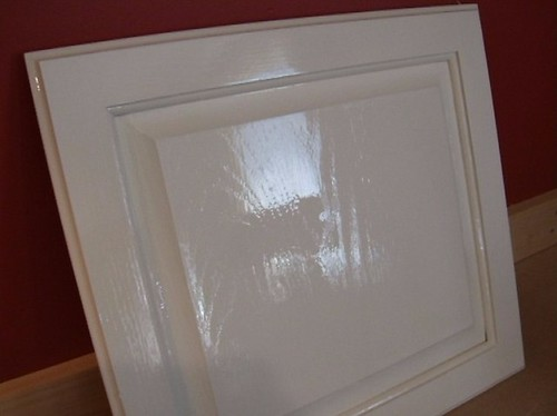 Painting oak grained cabinets for Painting oak kitchen cabinets white