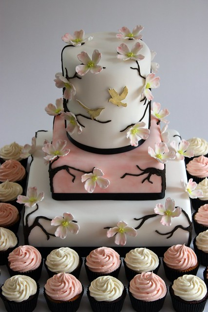 Dogwood Blossom Wedding Cake with Cupcakes
