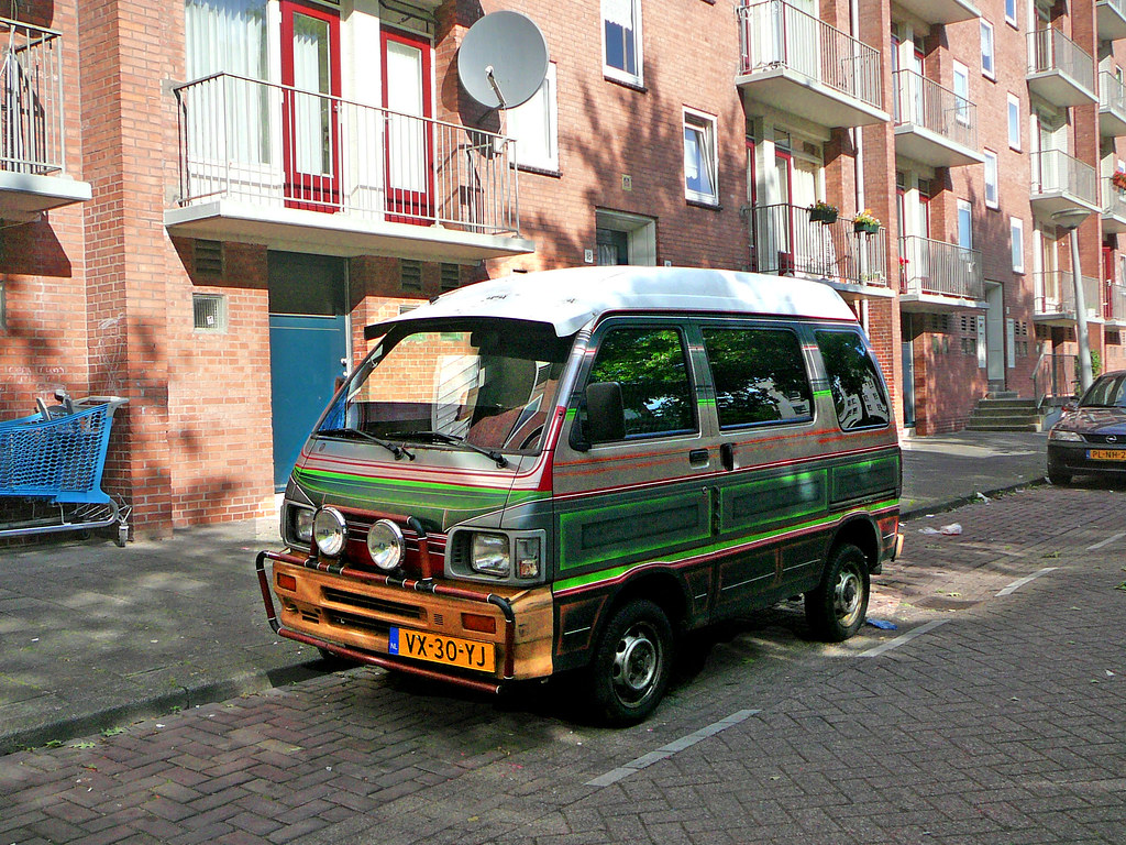 Daihatsu Hijet 1000 Window Van, 1993, Amsterdam, Osdorp